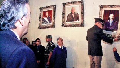 Decisión. No hay que eximir culpas, pero las dictaduras militares destruyeron todo.