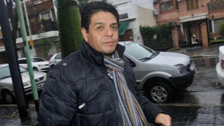 Lalo Maradona fue intubado por complicaciones de Coronavirus