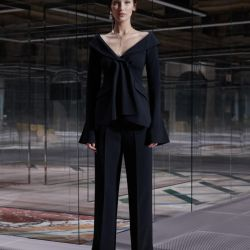 """Con líneas arquitectónicas y elegantes, Fendi devela una colección """"accesible"""""""