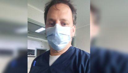 Fernando Rosenzweig, enfermero.