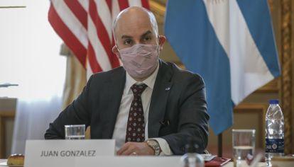 Juan González y Julie Chung, los enviados de Biden, visitaron Buenos Aires y se reunieron con el Gobierno.