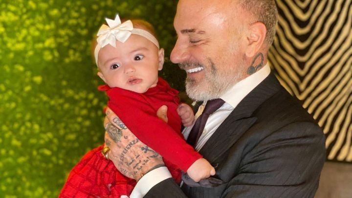 Operaron a la beba de seis meses de Gianluca Vacchi
