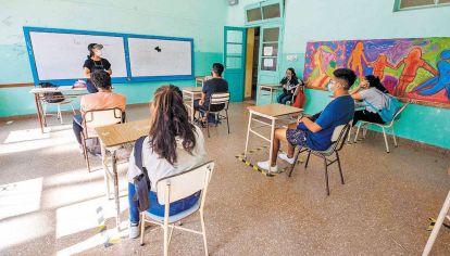 Clases. Abrieron cuatro escuelas de las dieciséis que forman parte del programa de enseñanza.