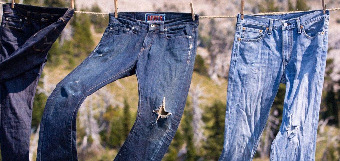 Jeans: ¿Cada cuánto debés lavarlos para prolongar su vida?