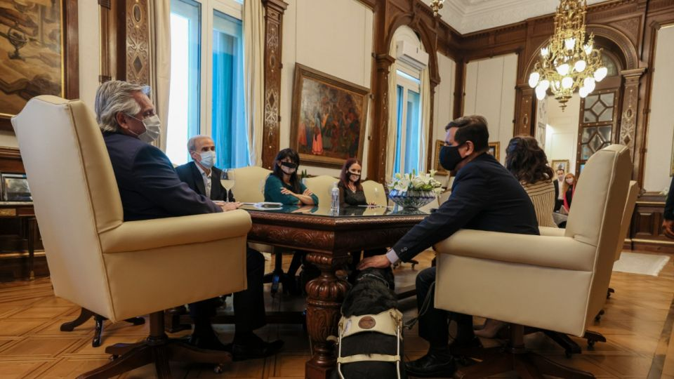 Alberto Fernández tuvo que ir a una capacitación tras la polémica por los niños con discapacidad