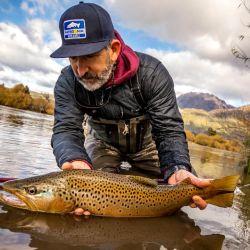 La temporada de pesca en el río Futaleufú se extiende hasta el 31 de mayo.