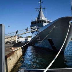 Este tipo de embarcación, entre sus características más destacas, cuenta con una visibilidad de 360° desde el puente.