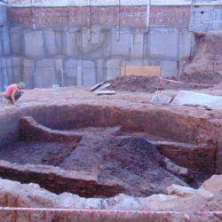 Los constructores hallaron una impresionante cisterna con capacidad para 220.000 litros de agua