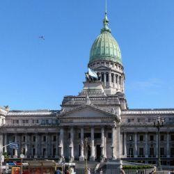La Ciudad Autónoma de Buenos Aires cuenta con Poder Ejecutivo, Judicial y Legislativo propios.