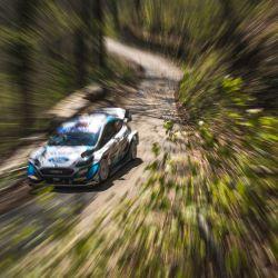Gus Greensmith de Gran Bretaña y su copiloto Chris Patterson de Irlanda conducen su Ford Fiesta WRC durante el shakedown del Rally de Croacia, tercera ronda del Campeonato del Mundo de Rallyes de la FIA cerca de Zagreb. | Foto:Andrej Isakovic / AFP