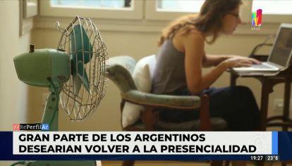 Gran parte de los argentinos desearía volver al trabajo presencial