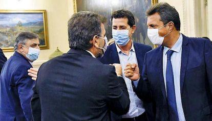 Diálogo. Massa, De Pedro y Ritondo, en la primera reunión entre los bloques mayoritarios.