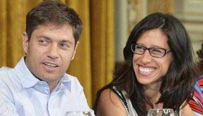 Kicillof y Español. La política supone controlar la economía, pero no lo logra.