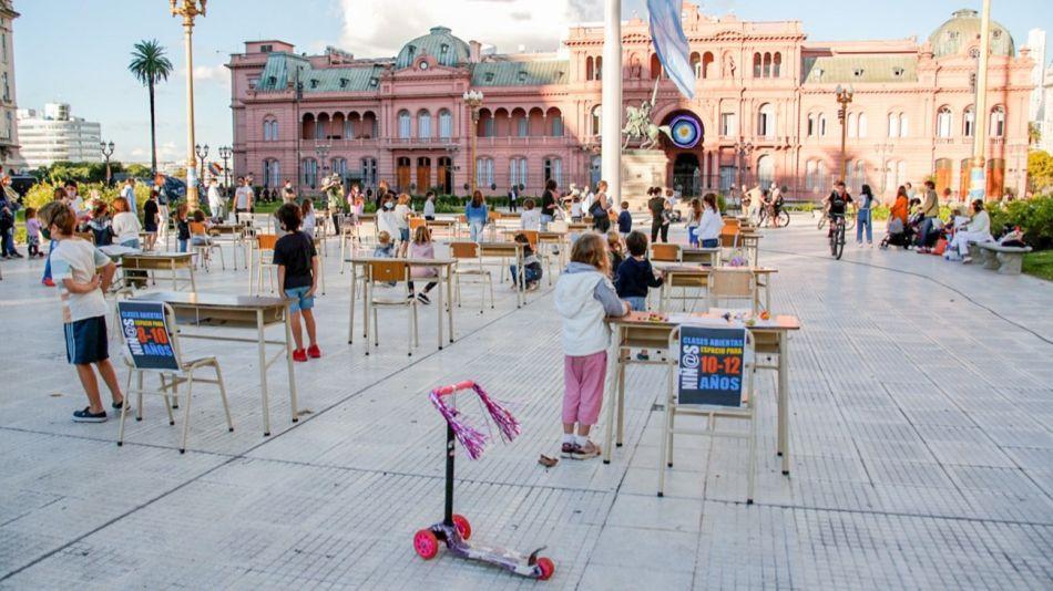 Clases abiertas en Plaza de Mayo