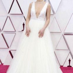 Oscar 2021: Recorre la Alfombra roja con los looks más impactantes