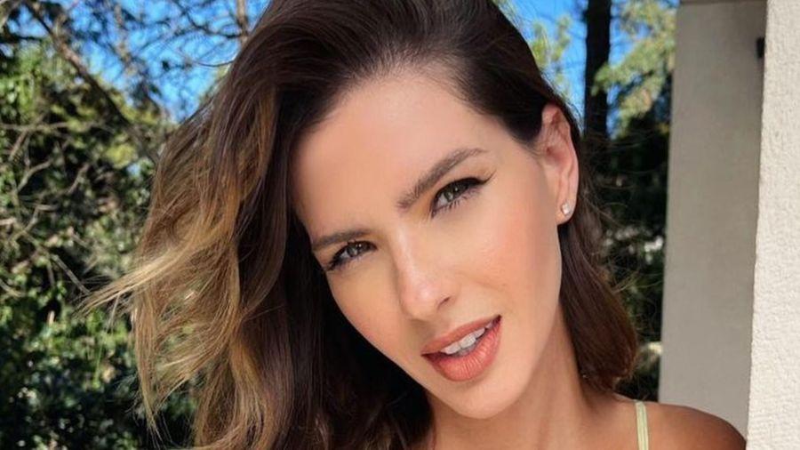 Aislada por covid, había anunciado su colección en las redes con muchas fotos de sus modelos favoritos y una influencer notó la similitud con la marca latinoamericana Portdebras