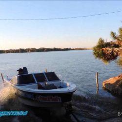 La laguna cuenta con un área de pesca de costa que dista mucho del lugar donde está el embarcadero.