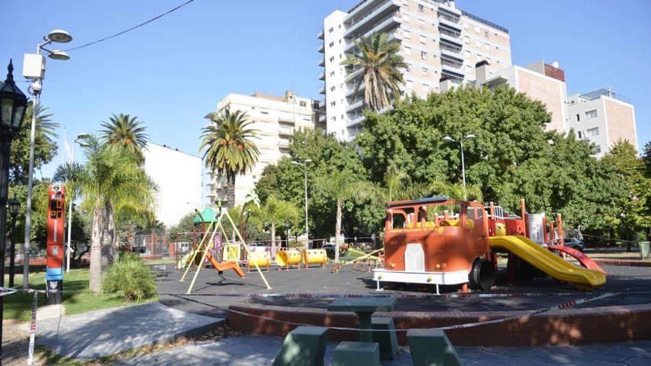 Tigre cierra plazas públicas g_20210426