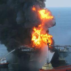 El derrame de petróleo comenzó el 20 de abril de 2010 y que dejó un saldo de cientos de animales marinos muertos.