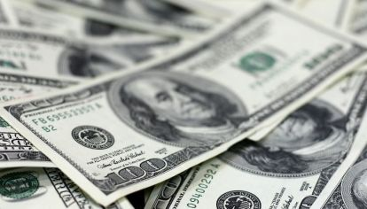 Luego del repunte de la semana, el dólar blue terminó bajando $ 12 pesos en dos días y quedó en $ 150.