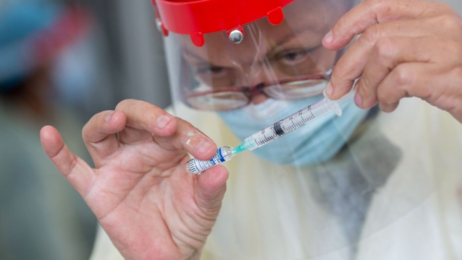 Venezuela Begins Vaccinating Elderly Population