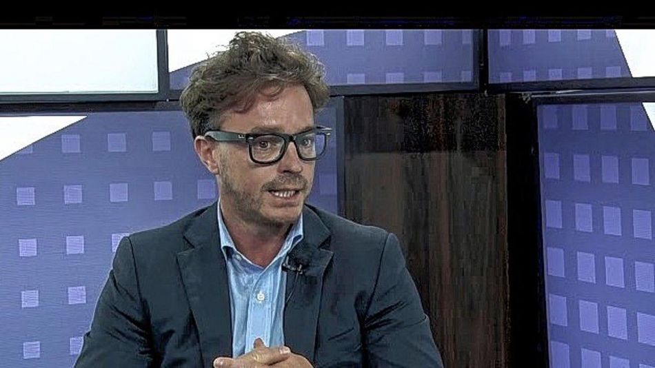 Lucas Candioti Funcionario Santa Fe 20210427