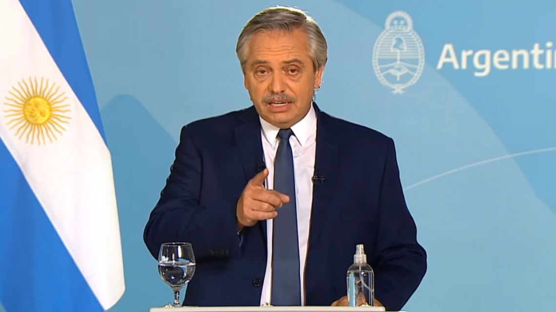 President Alberto Fernández announces an extension of Covid-19 measures.