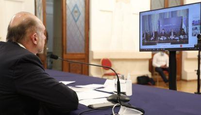 En la cumbre virtual del miércoles con el Presidente, el gobernador alertó sobre el riesgo que puede derivar del clásico Central-Newell's.