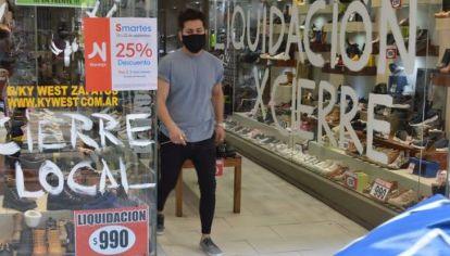 CIERRES. El centro de Córdoba aún no se repone de los cierres masivos de comercios que hubo el año pasado.