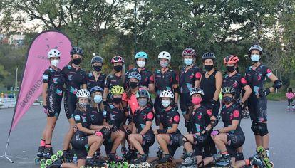 HAY EQUIPO. Un grupo de deportistas que se apoya y motiva mutuamente.