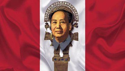 Tumi o también conocido como cuchillo de Illimo (puñal sacramental incaico) siglo XIII cultura Lambayeque, Mao y bandera peruana.