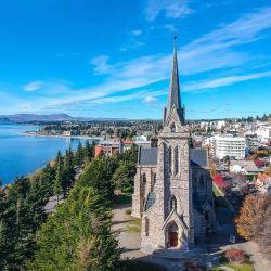 Hoy, Bariloche es uno de los sitios turísticos más importantes y visitados del mundo entero.