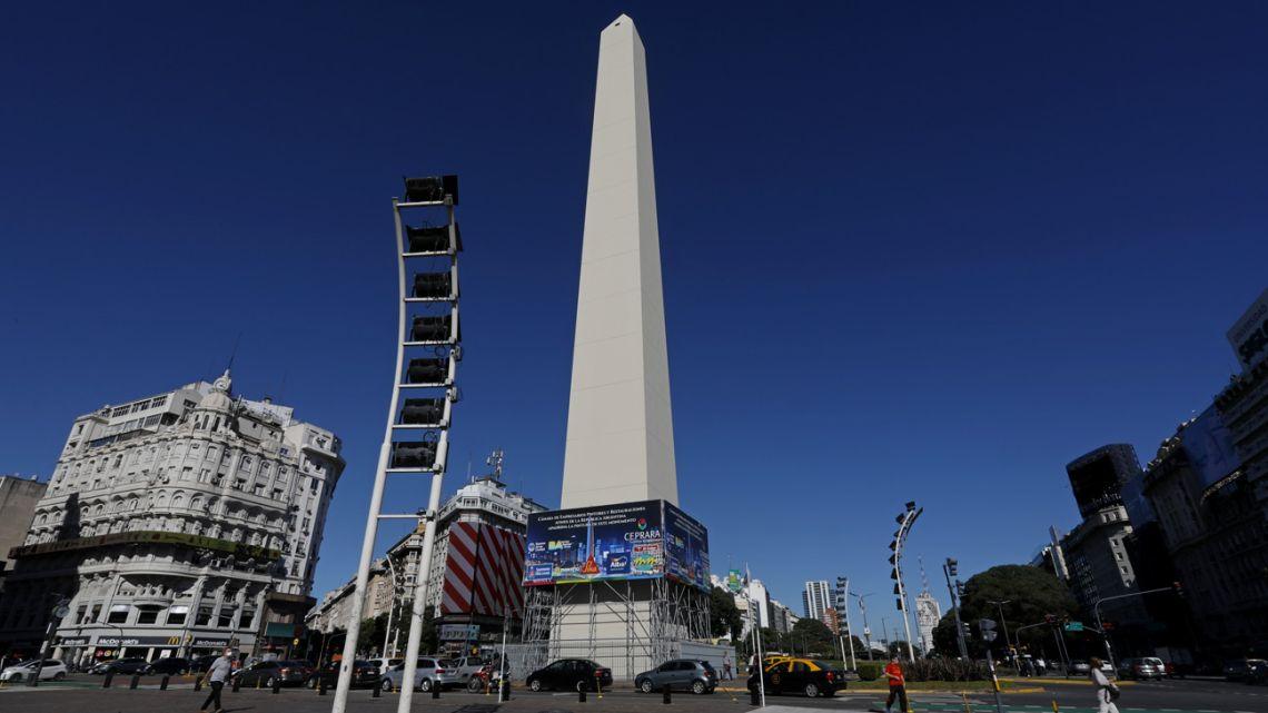 Restoration work begins on Buenos Aires' famed Obelisk.