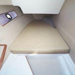 Camarote de babor con buenas ventanas laterales