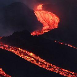 Flujos de lava del volcán Pacaya de Guatemala, visto desde el Cerro Chino en el municipio de San Vicente Pacaya, al sur de la ciudad de Guatemala. | Foto:Johan Ordonez / AFP