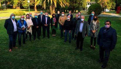 Alberto Fernández y Carla Vizzotti  junto a sindicalistas de la CGT.