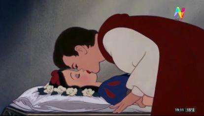 Blancanieves: piden cancelar el beso