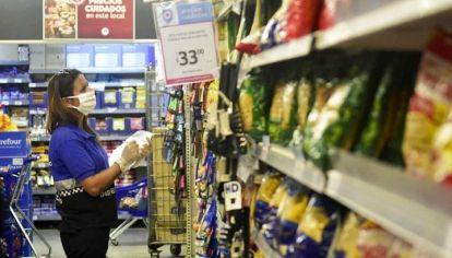 SIN FRENO. Pese a los controles de precios mediante varios programas la inflación escaló en los últimos meses.