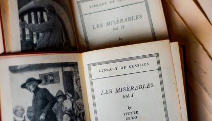 Obra maestra. Novela escrita por el francés Víctor Hugo y publicada en 1862.