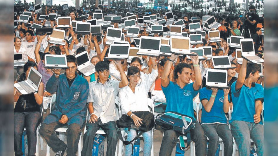 20210508_alumnos_conectar_igualdad_cedoc_g
