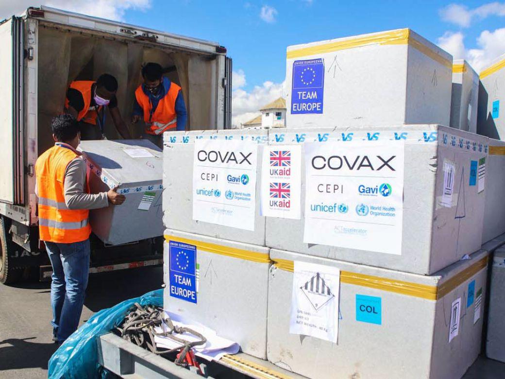 Qué es el fondo Covax y cuántas vacunas recibió Argentina por parte del  mecanismo | Perfil