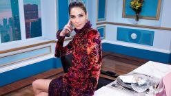 """Mirá el look terciopelo multicolor de Juana Viale para """"Almorzando con Mirtha Legrand"""""""