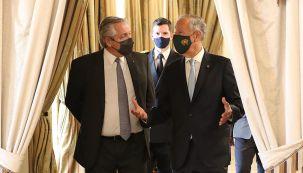 El presidente Fernández, junto a su par portugués Marcelo Rebelo de Sousa, en Lisboa.