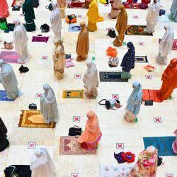Mujeres que rezan | Foto:Cedoc