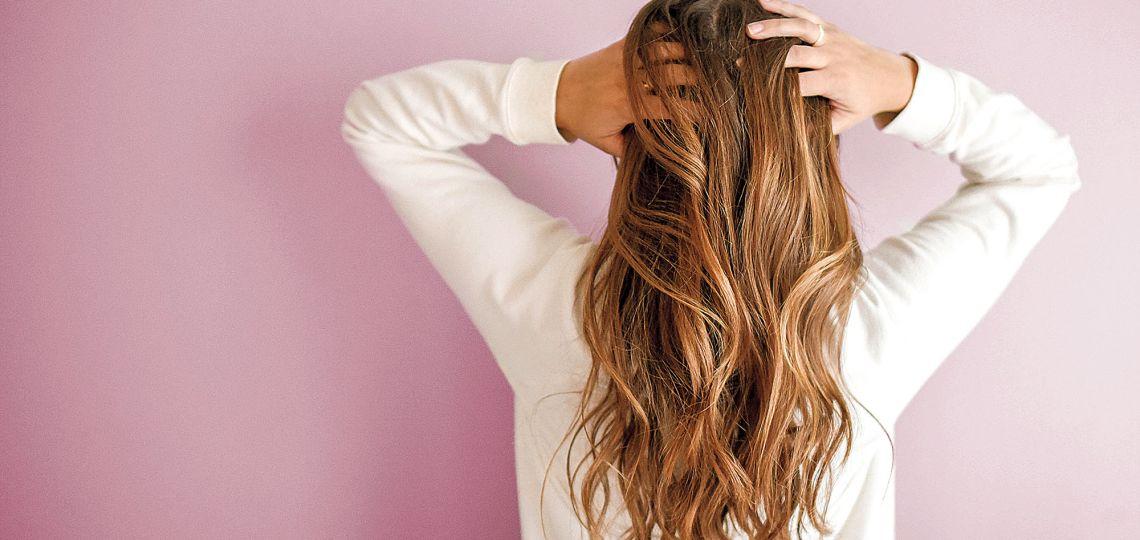 Stop caída: claves para revitalizar el pelo en otoño