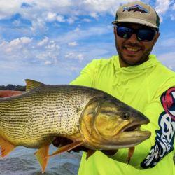 La pesca no es sencilla, pero si uno sigue las indicaciones del guía, el panorama cambia rápidamente.