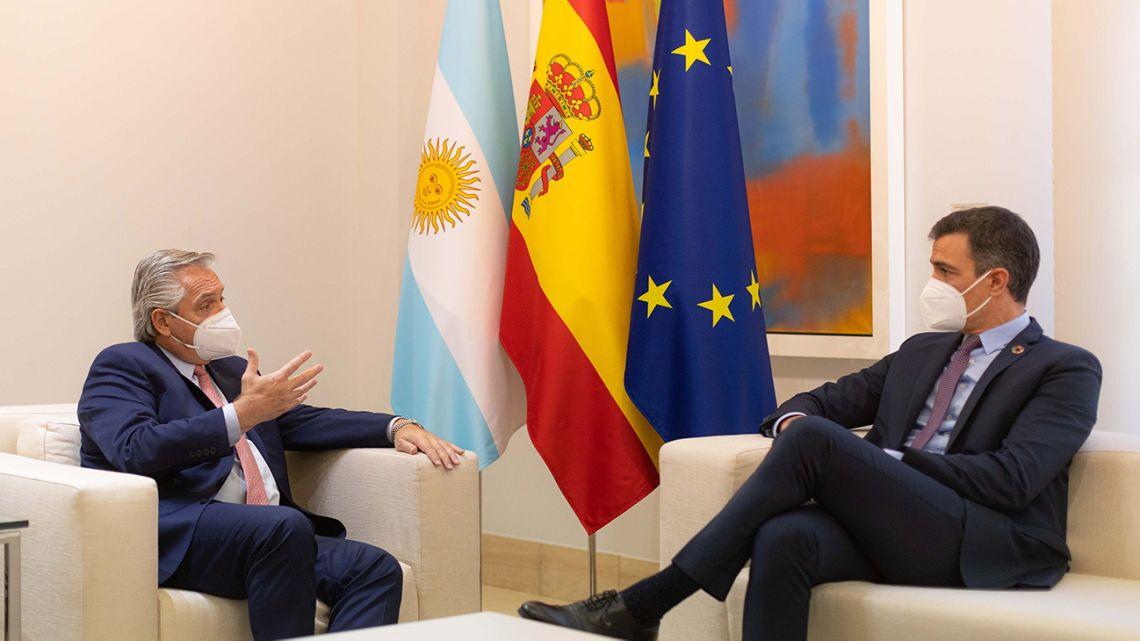 Alberto Fernández met with King Felipe VI of Spain and Prime Minister Pedro Sánchez.