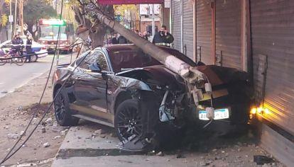 Acelera y destruye un Mustang en cinco segundos