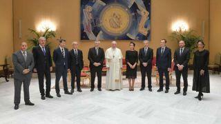 Fabiola Yáñez en su visita al papa Francisco