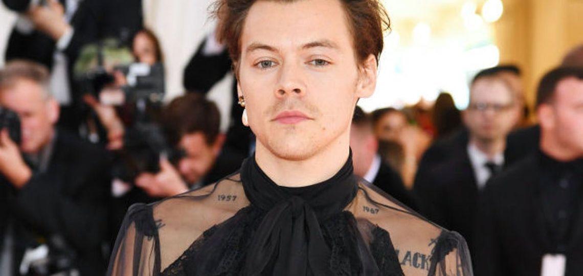 Harry Styles explotó las redes con su traje de sirena